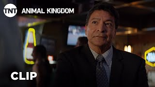 "Animal Kingdom: ""Detective Confronts Deran"" Season 4, Episode 9 [CLIP] | TNT"