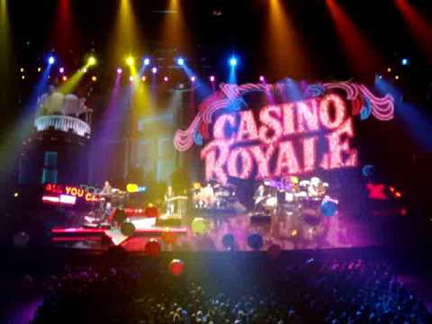 Elton John Pinball Wizzard live in Zurich 16.10.2009