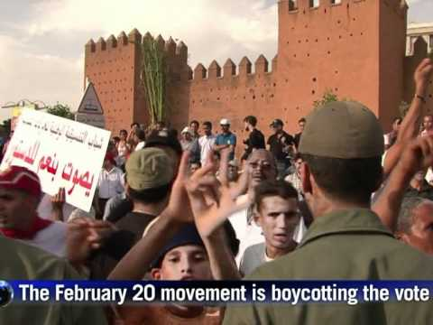 Morocco votes on curbing king's powers