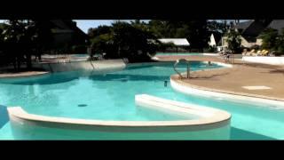 Jeux d'eau au camping chateau de Galinée