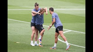 Funny Moments in Training   Messi Neymar CRonaldo DAlves Isco