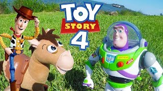 Woody and Buzz Drive Thru to Watch Toy Story 4 Movie with PJ Masks Romeo