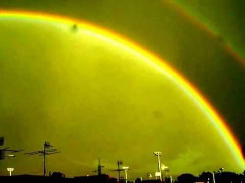 inquietante bellissimo arcobaleno (ponticelli napoli)