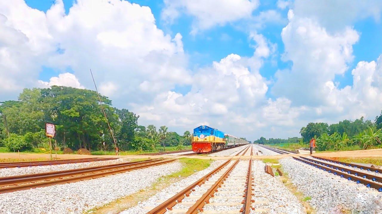 Non stop Sonarbangla Express Under Beautiful blue sky || 4k