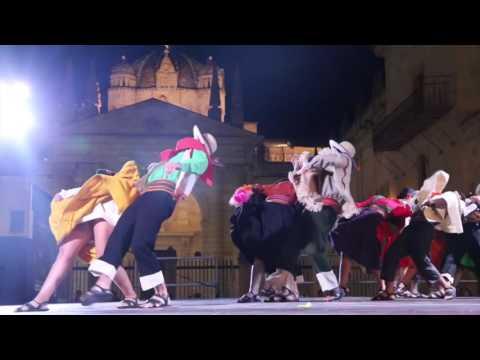 'Carnavalito' Gran Ballet Argentino de Córdoba - Festival de Folklore Zamora 2016