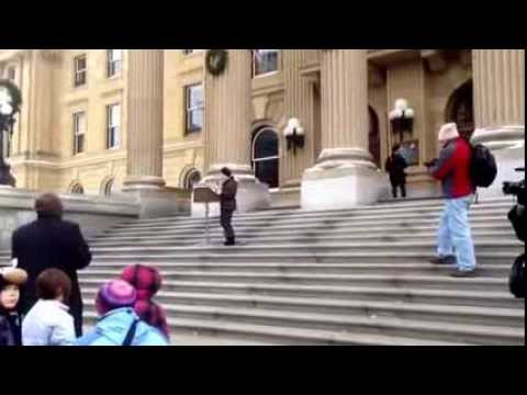 protesting-cuts-to-alberta-distance-learning-centre-funding-1-of-2