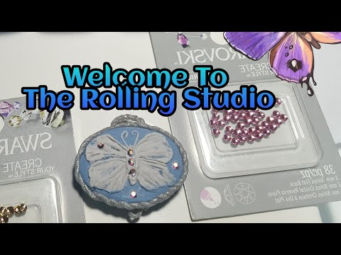 POLYMER CLAY SCUPTING A CAMEO