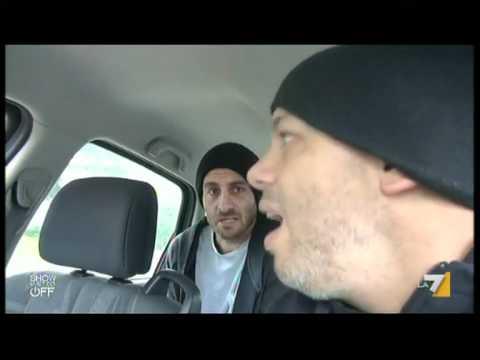 """Daniele De Rossi con Diego Bianchi Zoro in """"the show must go of"""" - 28/01/2012"""