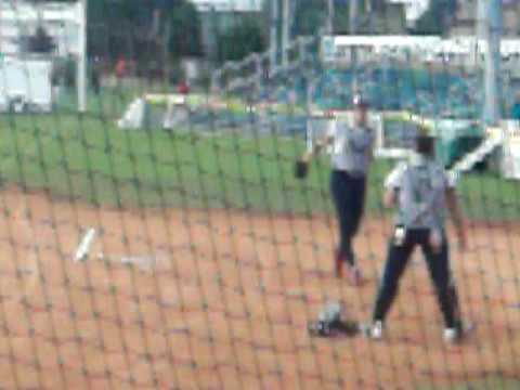 Jennie Finch and Monica Abbott Warming up
