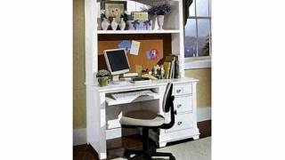 Cottage Computer Desk With Hutch Finish: