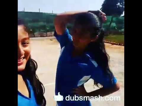 Dubsmash - Shruti Bisht and Arishfa Khan