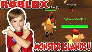 CREEPY MONSTERS AT 3 AM in ROBLOX MONSTER ISLANDS