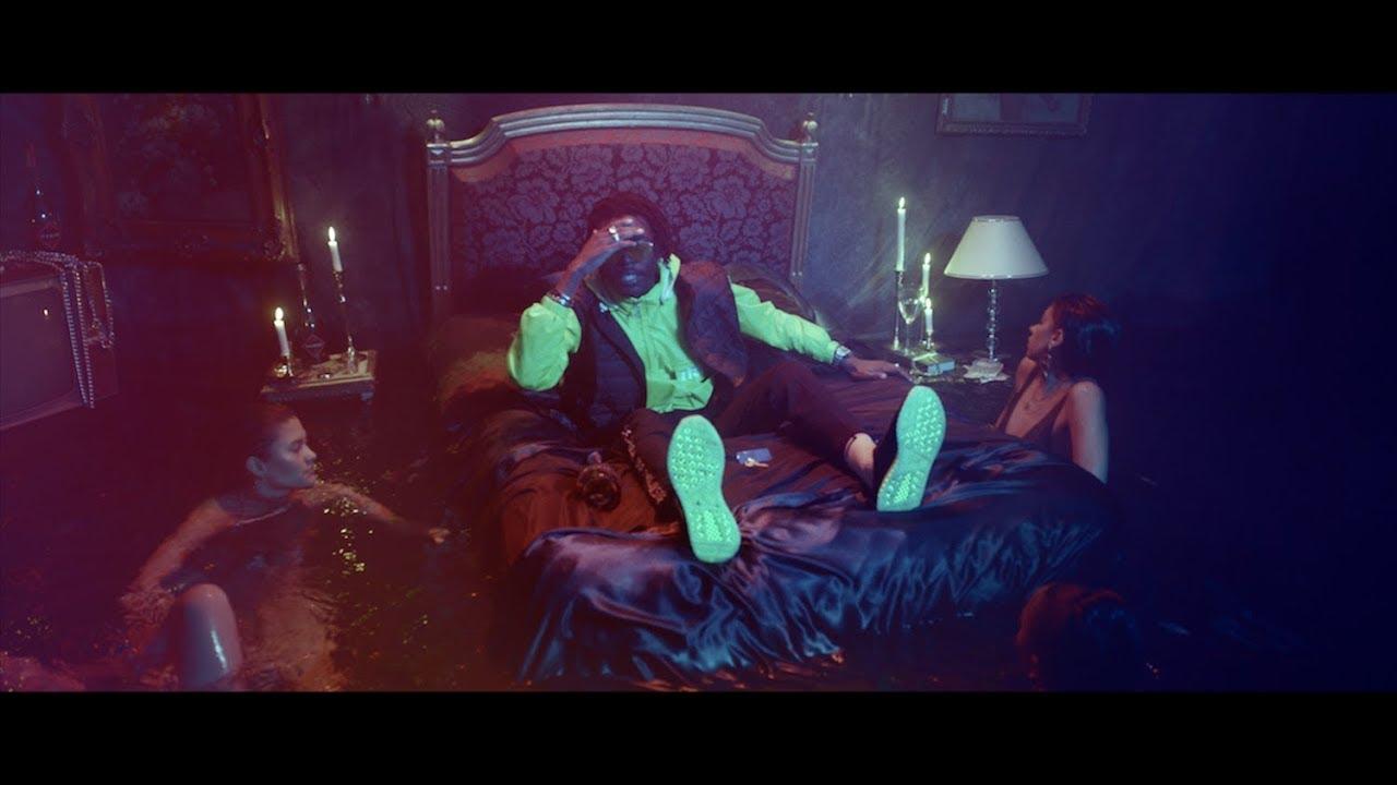 koba lad chambre 122 clip officiel youtube. Black Bedroom Furniture Sets. Home Design Ideas