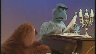 """Video The Muppet Show: Rowlf & Sam The Eagle - """"Tit Willow"""" download MP3, 3GP, MP4, WEBM, AVI, FLV Oktober 2018"""