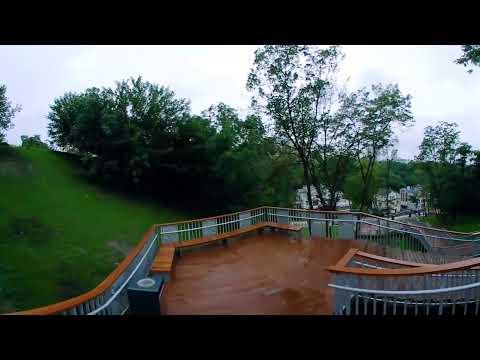 Прогулка по обновленной лестнице на Пейзажной аллее в Киеве (360 градусов)