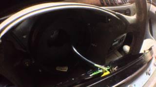 mercedes-benz S320 w220 как снять подушку безопасности на рулевом колесе(, 2015-06-21T18:17:58.000Z)