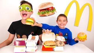 BLIND HAMBURGER CHALLENGE - Deviner les burgers à l'aveugle !