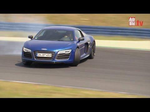 Unser Volontär durfte den Traumwagen der Deutschen fahren - den Audi R8 V10 plus