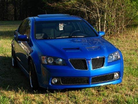 Loud Pontiac G8 exhaust sounds. Brutal accelerations and revs!