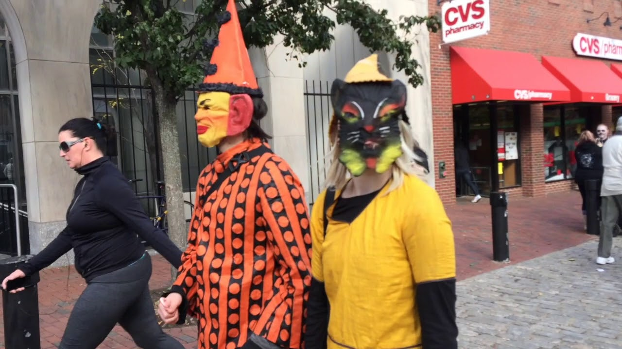 salem halloween 2017 take a walk down essex street