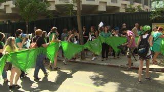 Argentina vota hoy la legalización del aborto