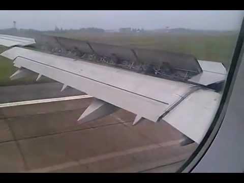 Hạ cánh sân bay quốc tế Nội Bài - Hà Nội (SGN HAN)