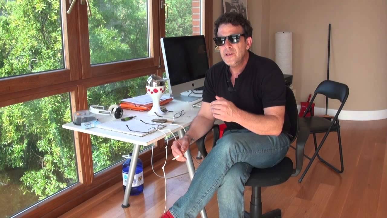 Entrevista al guionista y director de cine Raúl Fernández - YouTube