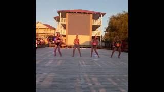 кубинский танец от вожатых