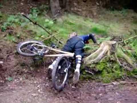MTB - mountain bike crash @ llandegla forest