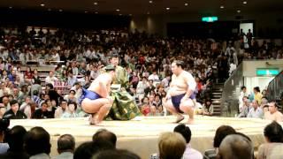 2012-5-19 大相撲五月場所14日目高見盛vs徳勝龍 高見盛が勝ちました。...