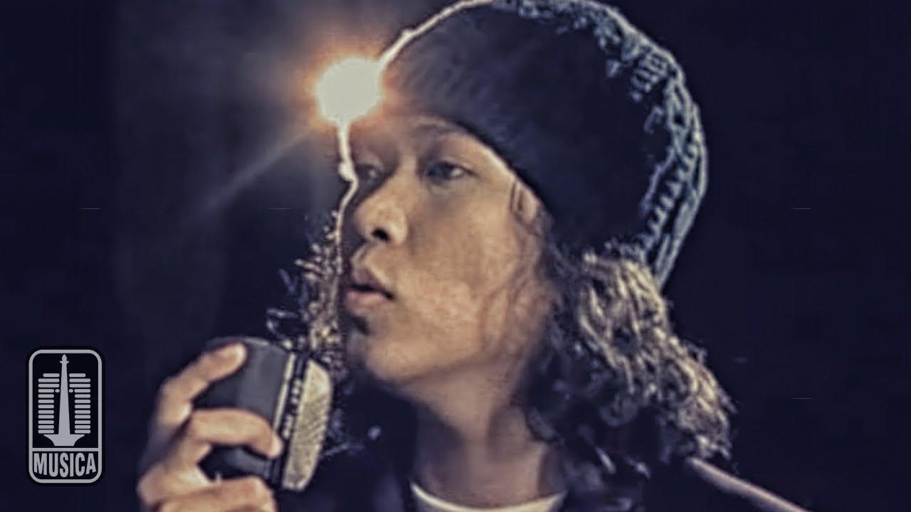 Dulu Jadi Vokalis Band, Kini Noe Letto Jadi Produser Film ...