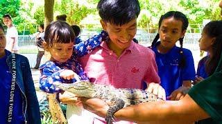 Nora and Family Visit the Safari World
