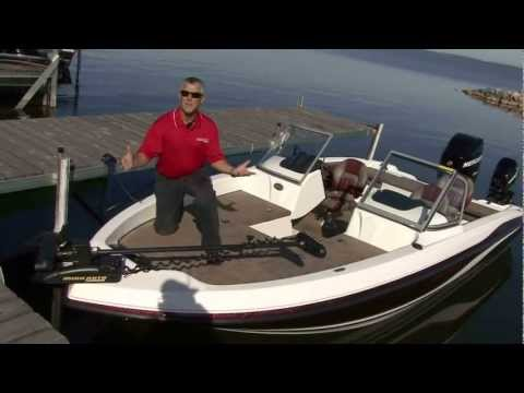 Tour The Stratos 326XF Family Fishing Boat With George Liddle, Jr.