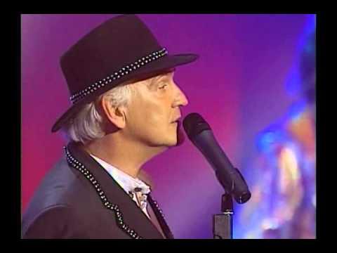 Wayne Fontana - Groovy Kind of Love (Live at The British Invasion)