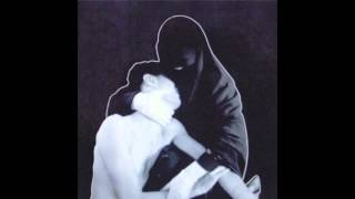 Crystal Castles - Pale Flesh (Lyrics in Description Box)