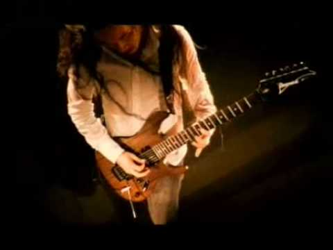 Dragonforce - through the fire and the flames