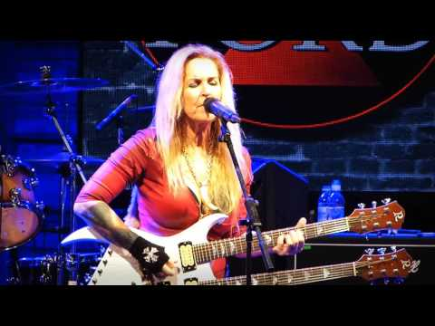 Lita Ford 'Close My Eyes Forever' Live at HRH AON 2017
