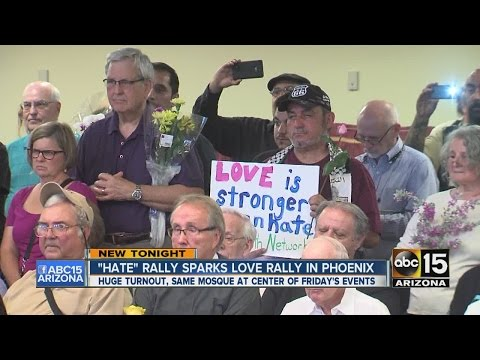 Love rally takes place at Phoenix Islamic Community Center