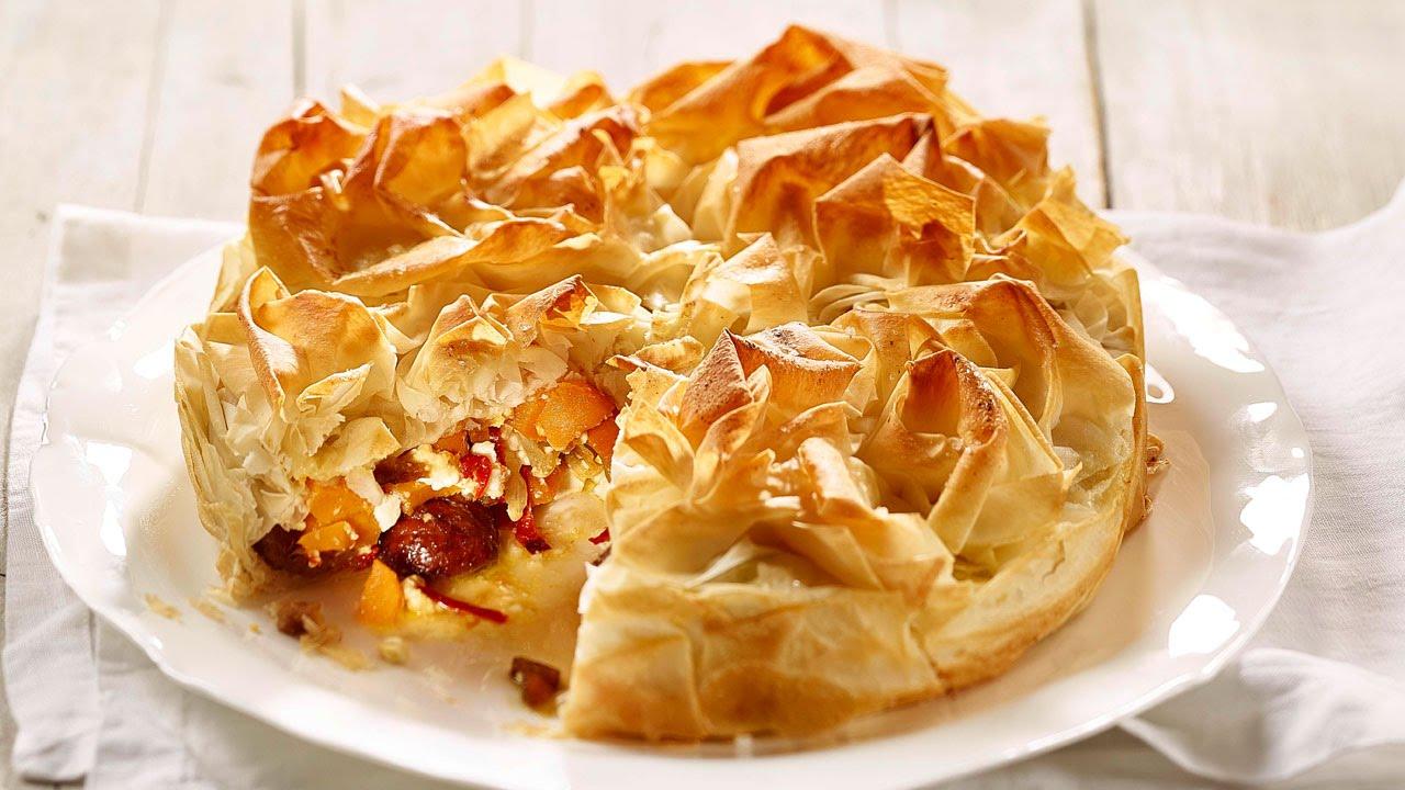 Pikanter k rbis strudel kuchen rezept von betty bossi for Kuchen von segmuller