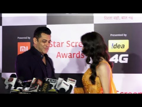 Aamna Sharif & Salman Khan At Star Screen Awards 2018 Red Carpet