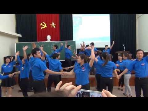 Dân vũ Từ một ngã tư đường phố