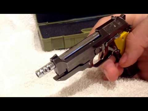 Miniature gun 1/2 scale Beretta 93R (shell ejecting!)