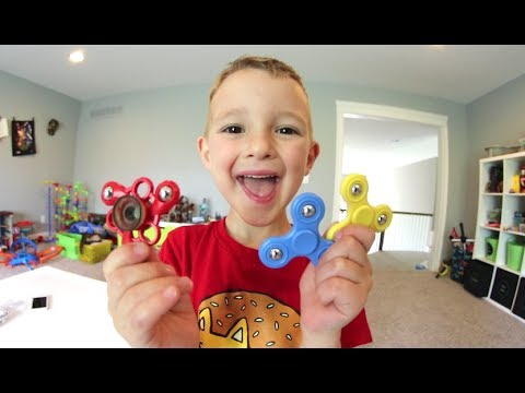 FATHER SON MINI FIDGET SPINNER / and Skateboarding!
