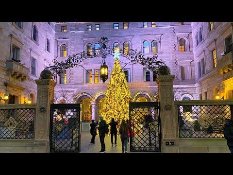 New York City Live Christmas Walking Tour in Midtown Manhattan (November 29, 2020)