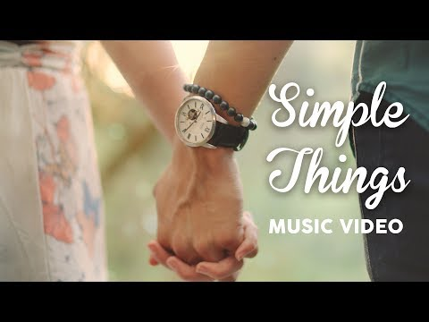Thumbnail: Brooklyn and Bailey – SiMPLE THiNGS (Official Music Video)