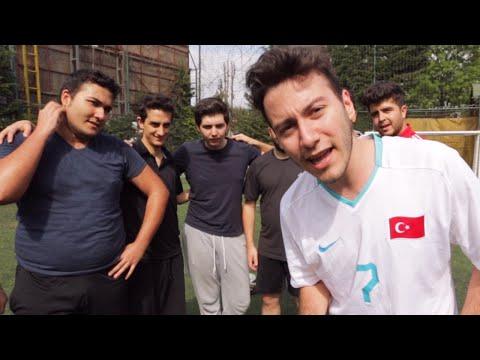 YOUTUBER ÜST DİREĞE VURMA CHALLENGE