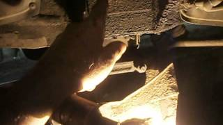 видео ваз 2107 как минят болт но ричаг траверс