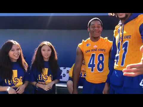 AmeliaAndAdinah priceless moments as sideline Reporters for SJSU Spartans Football Team