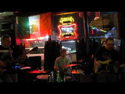 "Nude Furniture - ""I'll Feel a Whole Lot Better"" - Arnie's Bar - Tulsa, OK - 4/5/14"