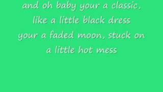 Fall Out Boy-Tiffany Blews (lyrics)